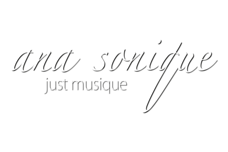 DJ Ana Sonique | Club-DJ aus Freiburg | DJane | DeeJay